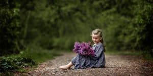 Kinderfotografie Wald Weg Blumen | Fotograf bilderschlag Erfurt