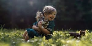 Kinderfotografie Katze Wald Wiese   Fotograf bilderschlag Erfurt